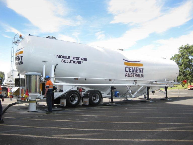 136m3 Portable Silo - Jamieson Trucks - Side View