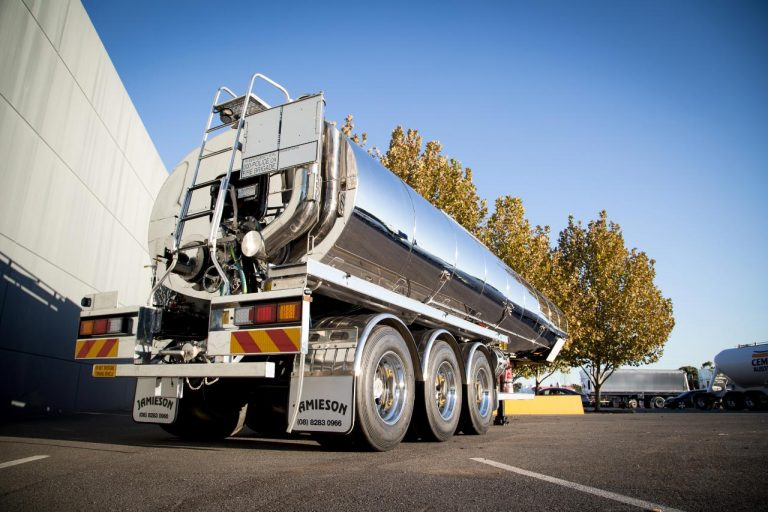 30,000L Ultra Bitumen Tanker - Jamieson Trucks - Rear Side View 2