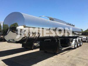 30,000 Litre Bitumen Tri Axle Tanker - Jamieson Trucks - Front Side View 3