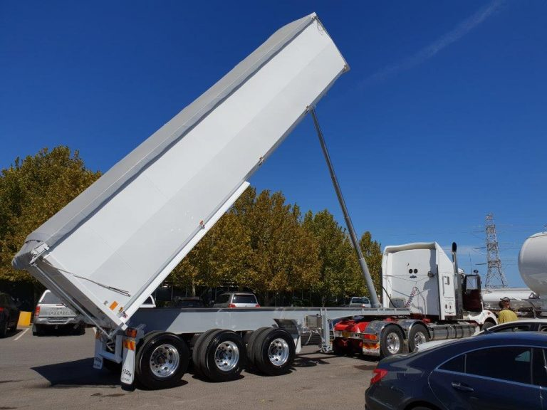 Steel Grain Tipper – Road Train Semi Tri Axle Rear Chassis Tipper – 9.8m