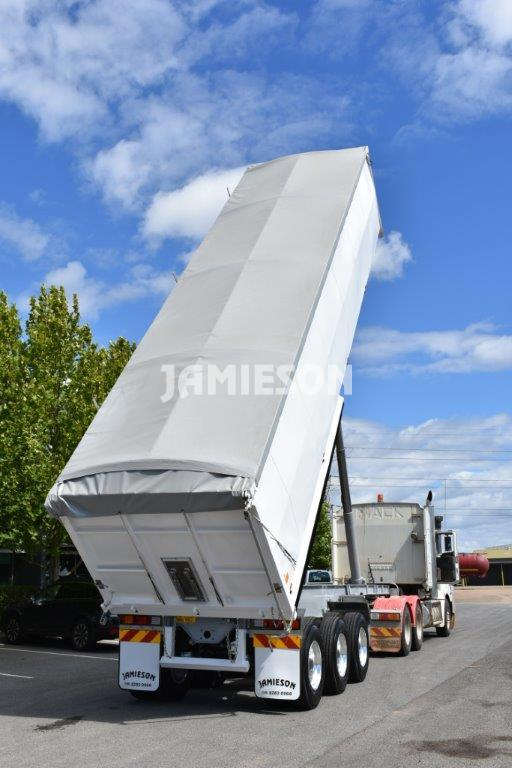 Steel Tri Axle Semi Tipper - Grain Fertiliser - Operational View 3