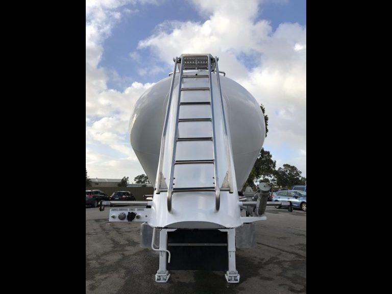Dry Powder Tankers - Jamieson Trucks - Rear View