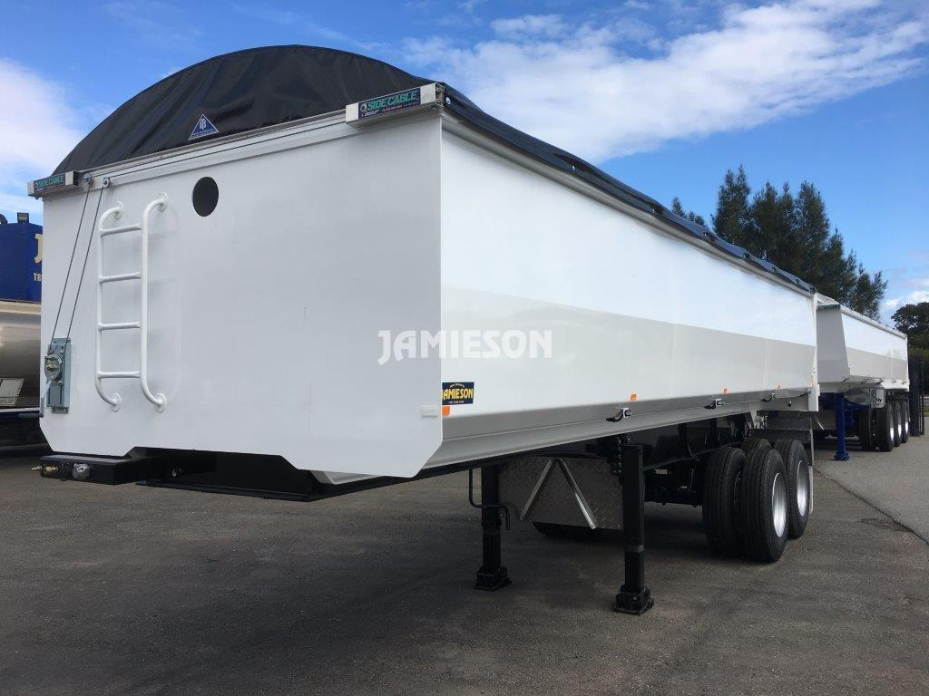Hardox Metro Tandem Axle Tipper - Front Side View