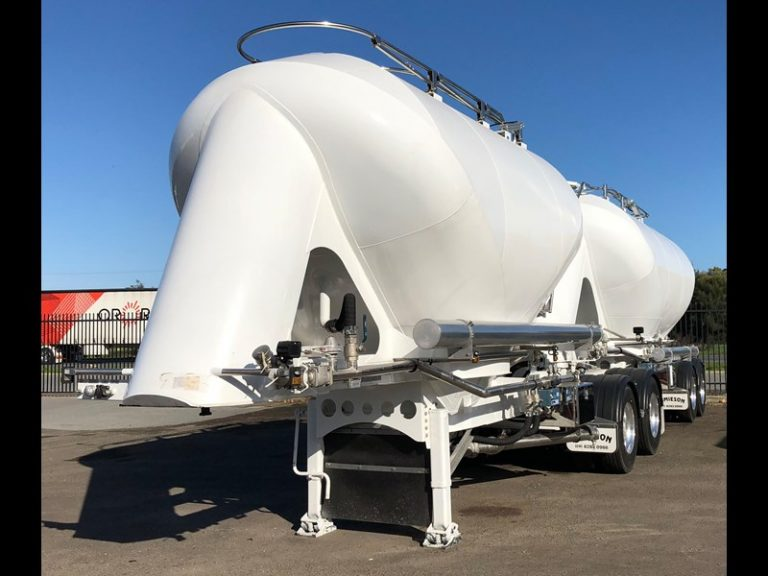 Dry Powder Tankers - Front Side View