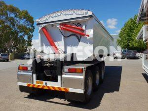 Hardox Side Tri Axle Semi Tipper - Rear View