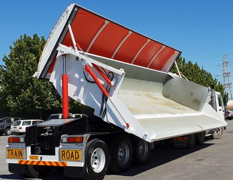 Hardox Side Tri Axle Semi Tipper