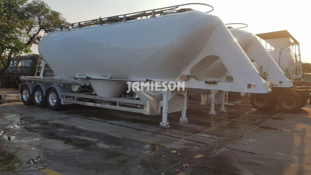 Pneumatic Food Grade or Cement Tri Axle Semi Trailer, 40m3