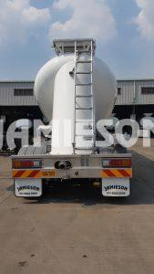 Pneumatic Food Grade Cement Tanker - Rear View