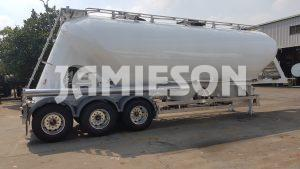 Pneumatic Food Grade Cement Tanker - Rear Side View