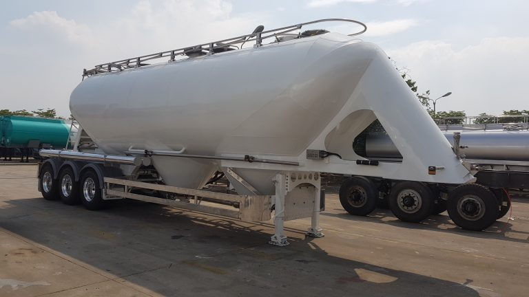 Pneumatic Food Grade Cement Tanker - Front Side View