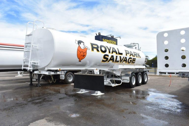 28,000 Remote Control Water Tanker - Front Side View