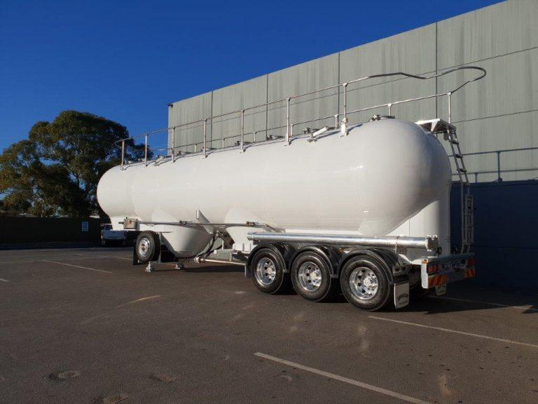 53m3 Tri-Axle Pneumatic Tanker Semi-Trailer – Steel