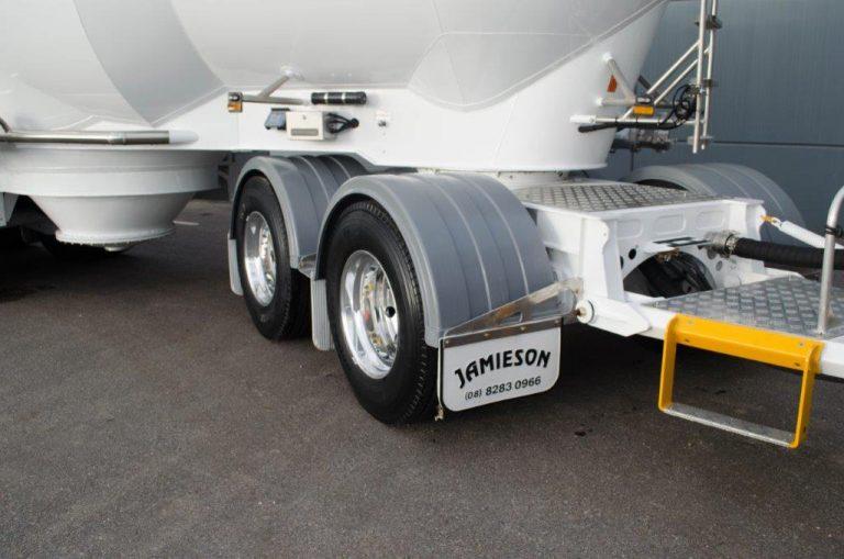 Jamieson Carbon Steel 18 / 35m3 Dry Bulk Rigid & Dog