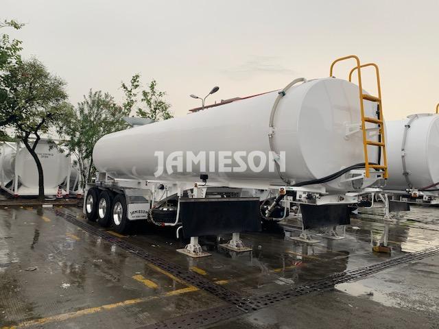 Water Tanker Tri-Axle Heavy Duty - 25kL
