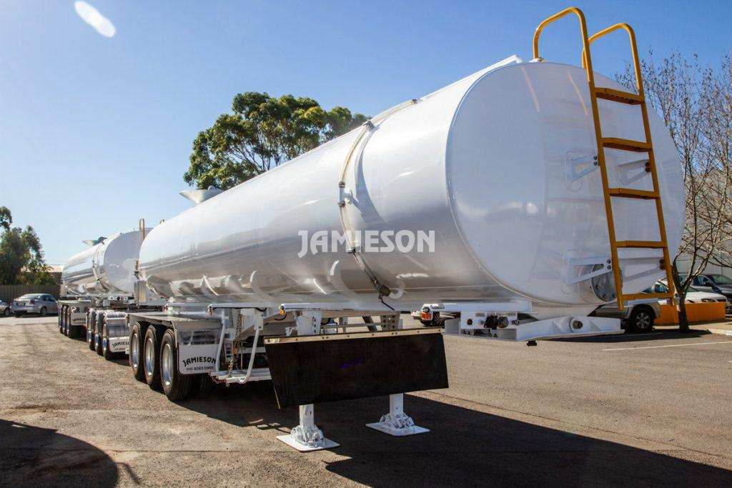 Water Tanker Tri-Axle Multi-Purpose - 30kL