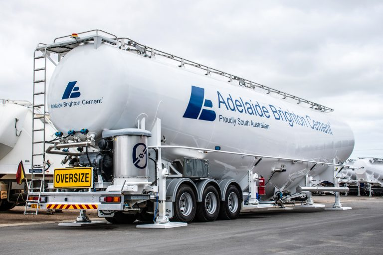 Jamieson Tri-Axle Silo Tanker